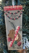 GARLAND WITH GINGERBREAD